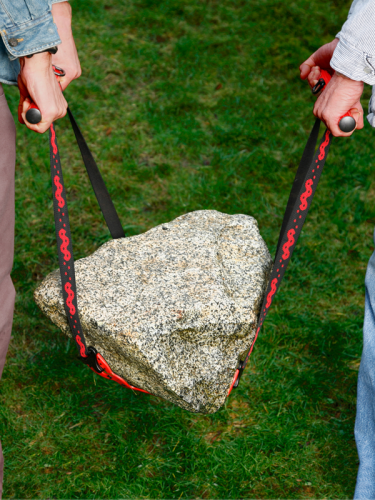 Lifting a rock with a Potlifter